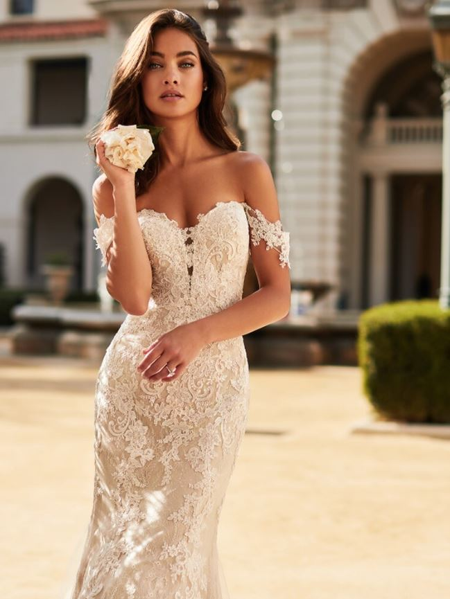 Adriana J6750 by Moonlight Bridal
