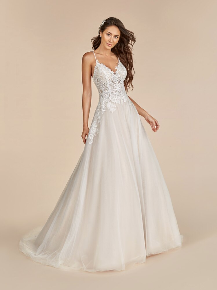 Valentine T890 by Moonlight Bridal